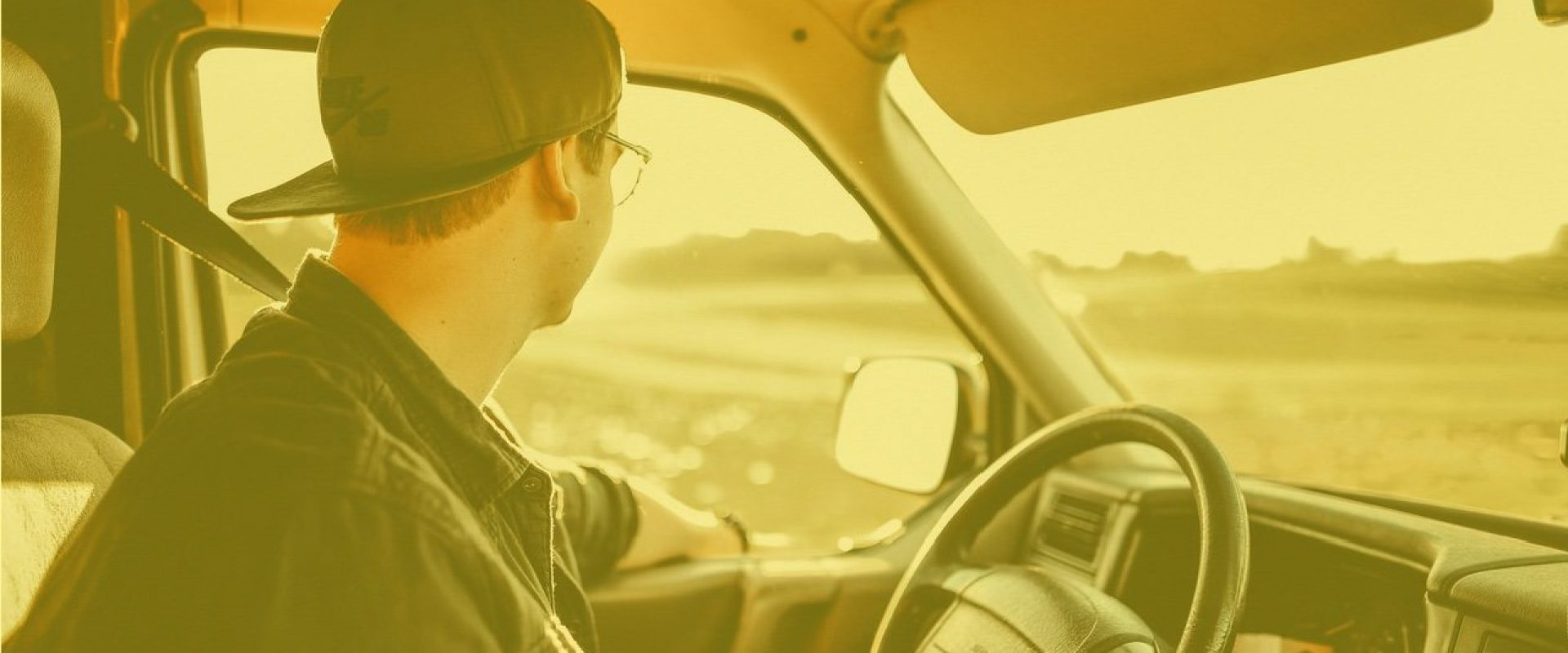 autista trasportatore trasporti consegne